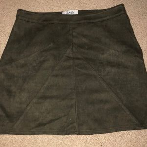 💕LF OLIVE SUEDE SKIRT💕
